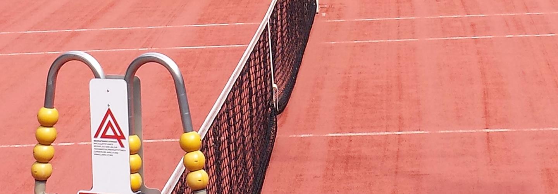 All weather tennisbanen